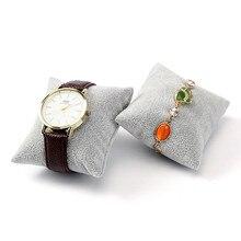 цены 5pcs Gray Velvet Pillow Bracelet Bangle Jewelry Display Stand Set Watch Holder Display Pillow Cushion Showcase Jewelry organizer