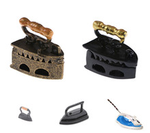 Newest Mini Dollhouse Miniature 1:12 Toy Vintage Iron Clothes Tool Urniture Toys Accessories Xmas Gift