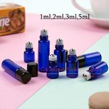 (50 peças/lote) rolo pequeno azul de 1ml 2ml 3ml 5ml na garrafa com rolo de aço inoxidável mini rolo de óleo essencial de vidro na garrafa
