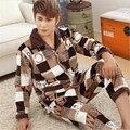 Фланель пижамы Мужчин Осень Зима Из Двух частей костюм Высокого класса бренд Домашней одежды ABCD Плед V-образным Вырезом Нагрудные Топ