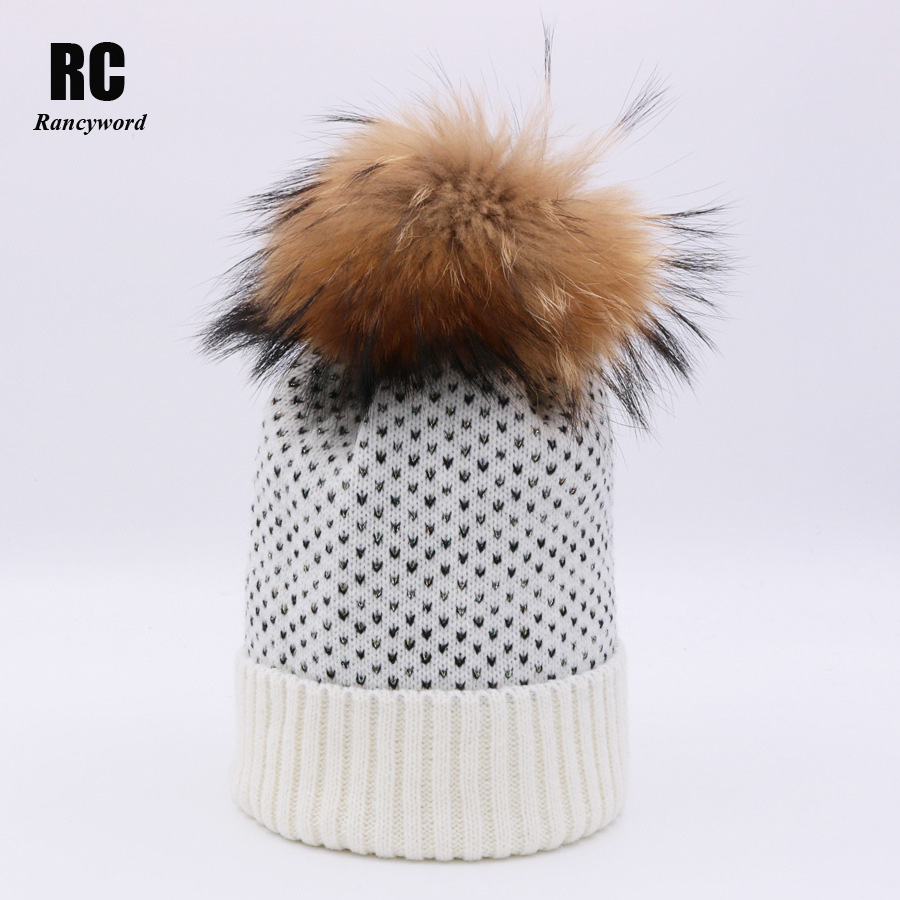 [Rancyword] Women Winter Hats 2017 New Knitted Real Fur Pom Pom Beanie Skullies Female Natural Raccoon Fur Pompon Cap RC1238 wholesale two fur ball pompon solid beanie hats pom poms hats winter warm skullies