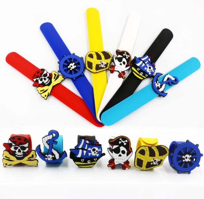 Mix 50 pcs Popular pirate mixed Silicone collar Wristband Color Bracelet B 44