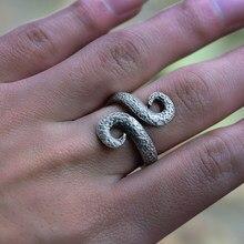 44a58c233cc3 Plata antigua nórdico vikingo anillo para los hombres y las mujeres Vintage  en forma de serpiente anillos de Metal Punk retorcid.