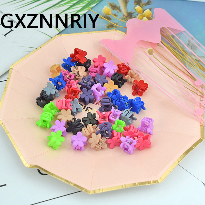 GXZNNRIY 1cm 50pcs/pack Mix Color Plastic Hair Clips For Girls Flower Claw Clip Baby Kids Hair Accessories Women Hairclips