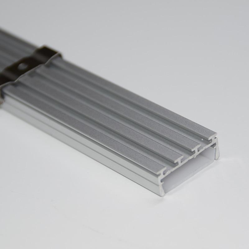 Bases da Lâmpada alumínio plana canal com tampa Características : Aluminum Profile For Led Strip