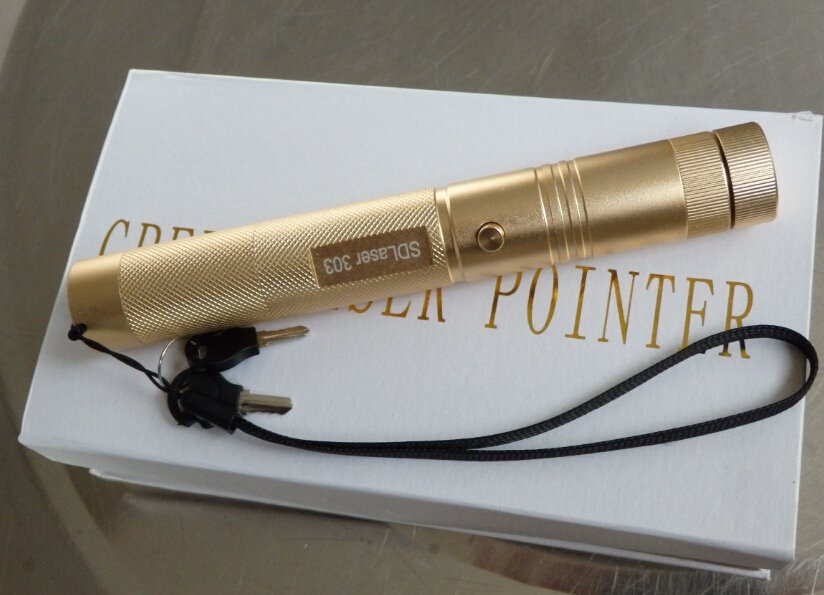 Hot! high power 50000m 532nm Flashlight lazer Green Laser Pointer,SD Laser 303 focusable can burning match,pop balloon