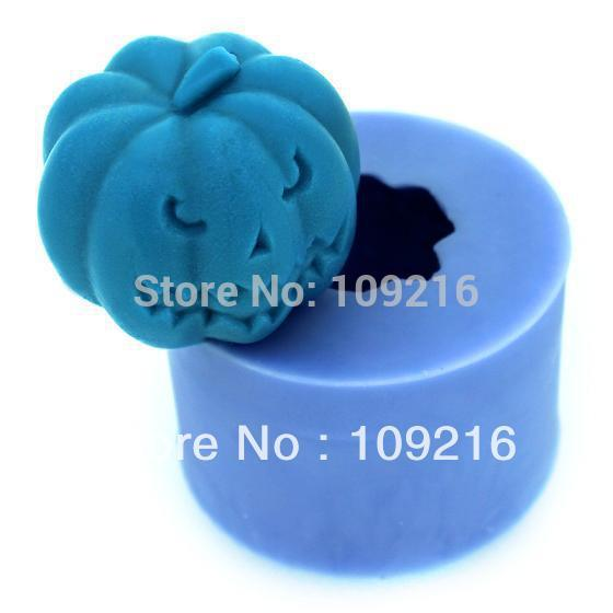 Großverkauf !!! Neuer Kürbis 3D mit Buck-Toothed (LZ0113) Silikon-handgemachter Kerze-Form fertigt DIY Form an