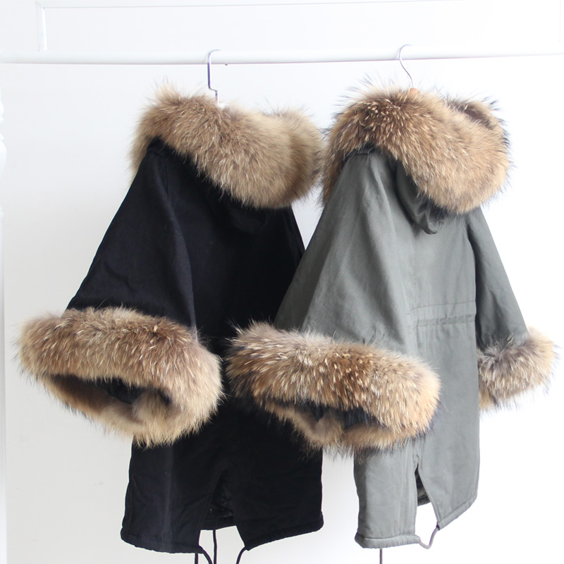2017 New Arrival Autumn And Winter Jacekt With Large Real Raccoon Fur Women's Bat Sleeves Cloak Cotton Jacket Coat Outerwear