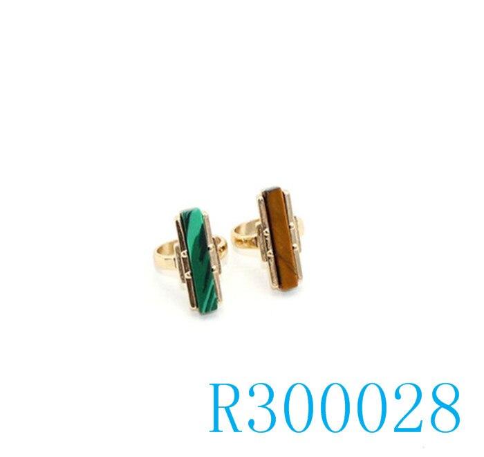 R300028