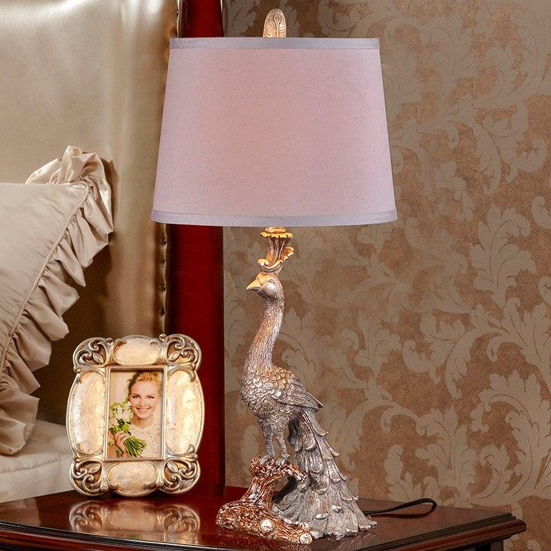 Pfau Klassische Lustre Led Tisch Lampe Harz Schlafzimmer Led Tisch Leuchten Wohnzimmer Led Tisch Licht Luminarias De Mesa Tischlampen Licht & Beleuchtung -