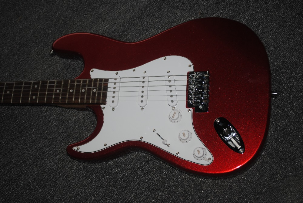 Factory custom shop 2018 Newest Custom left hand Candy Apple Red ST electric guitar Free shipping (HAI 4 stratocaster