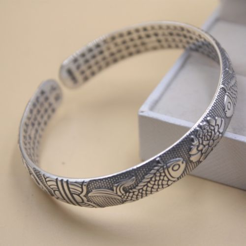 New Pure 999 Sterling Silver 10mm Width Fish Pattern Womans Bangle 55-60mm Dia.New Pure 999 Sterling Silver 10mm Width Fish Pattern Womans Bangle 55-60mm Dia.