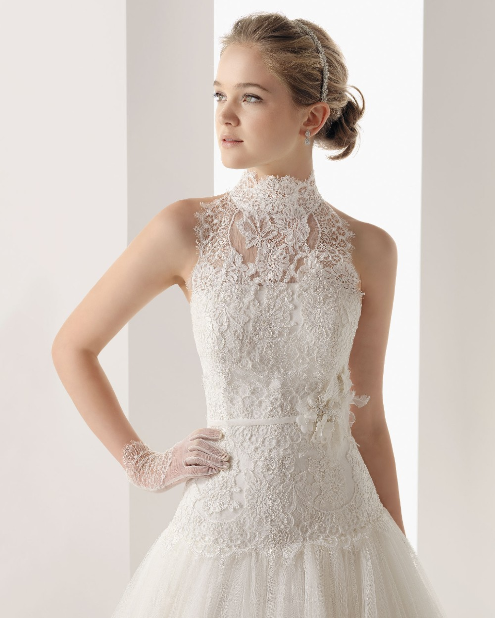 Hot sale new sexy brides highneck 2015 Bridal Gown romantic tulle fashionable flower sashes vestido de noiva lace wedding dress in Wedding Dresses from Weddings Events
