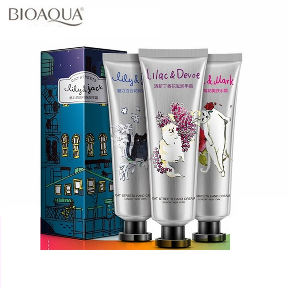 3pcs / set BIOAQUA Krim Tangan Moisturzing Menyuburkan Anti Kawalan Minyak Chapping Cute Cat Girl Winter Skin Care Losion Set