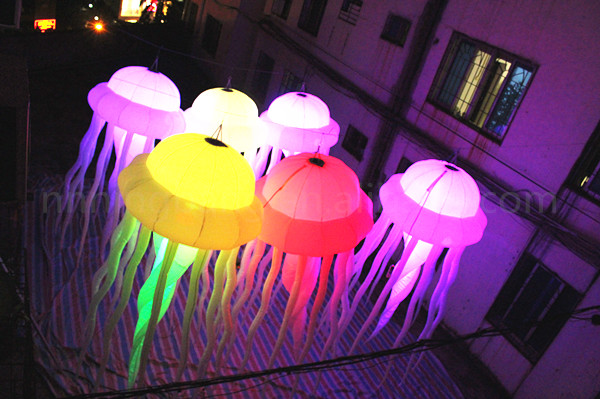 inflatable jellyfish (7)