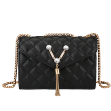 Worlds brand Fashion new womens Crossbody Bags black sheepskin Shoulder bags Metal shoulder strap handbag Female