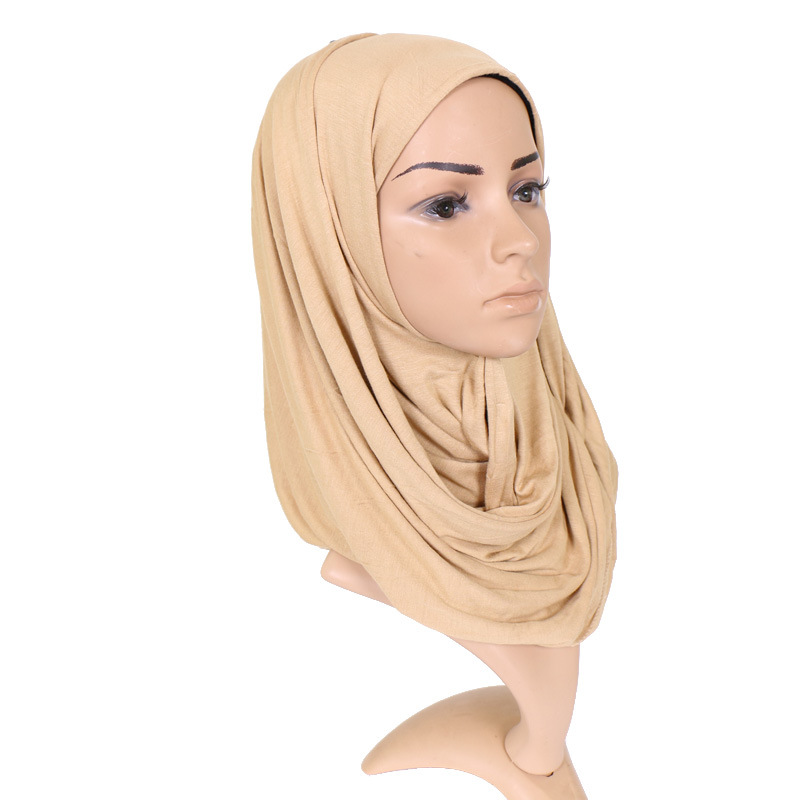 Brand 2018 Muslim Women Crinkle Hijab Cotton Pashmina Shawl Scarves  Malaysia Silk Plain Foulard Wrap Cover Head Beach Neck Scarf 54d3c0d93ee3