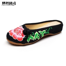 Chinese New Summer Embroidery Slippers Women Red Peony Retro Style Slippers Embroidered Soft Canvas Slippers Woman