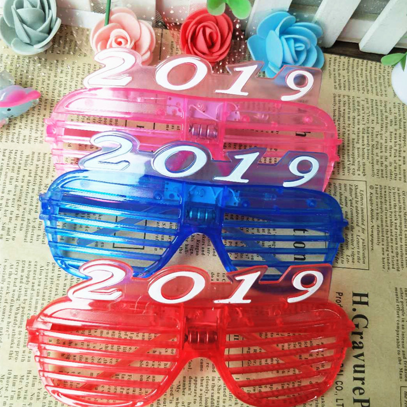 3pcs christmas new year number 2019 led flash light glasses glow party glasses led glasses glowing classic toys decorative in light up toys from toys