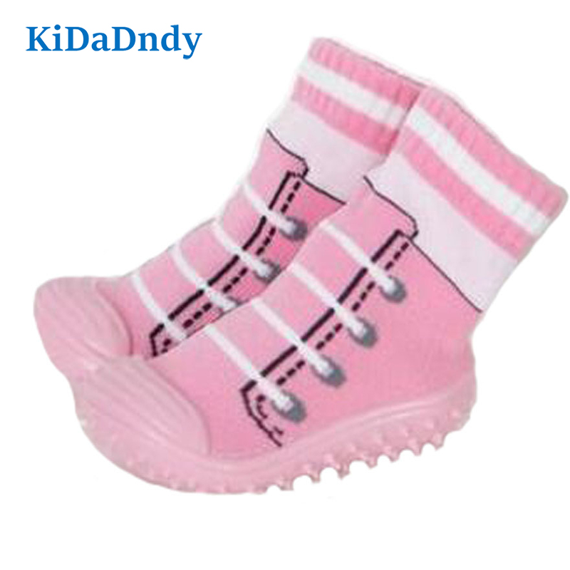 kidadndy Baby Strumpor Soft Bottom Non-Slip Golv Gummi Soles Kids Boots Toddler Girl Boy Nyfödda Enfant Shoes Strumpor WS9321