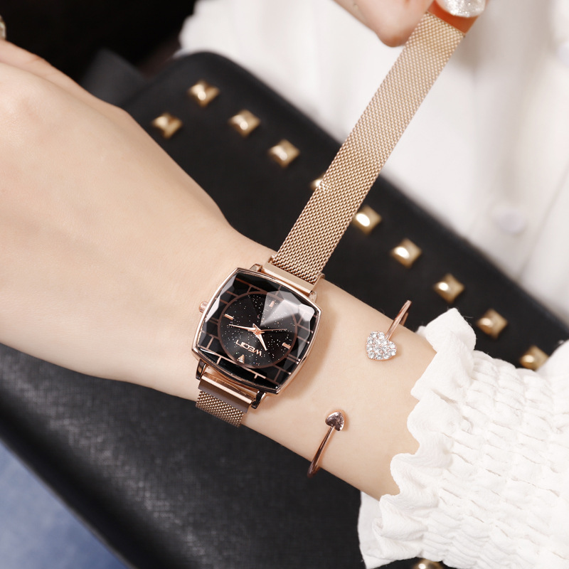 Square Women Wrist Watches Starry Sky Female Clock Magnetic Ladies Quartz Watches Elegant Women Bracelet Watch Montre Femme 2019