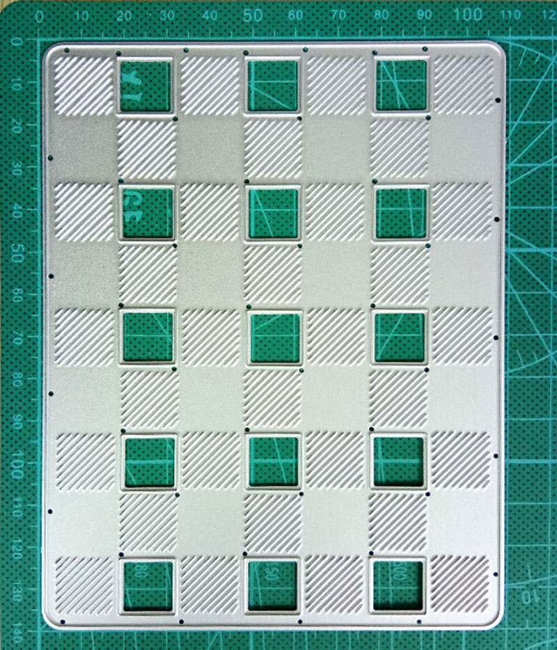 Plaid Background Metal Cutting Dies Scrapbooking Craft Dies Cuts Thin Paper Art Emboss Flower Layer Stencil 110*140mm