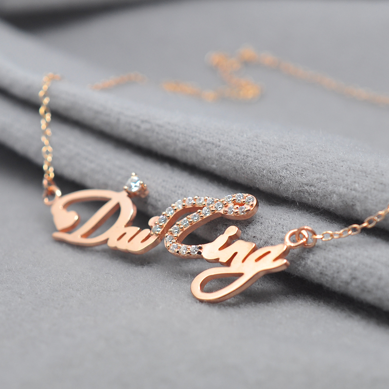 Wholesale Rose Name Necklace With Crystal Decoration Personalized Silver Nameplate Pendent Celebrity Party Jewelry Gift цена