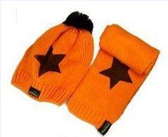Розничная, комплект из шапки и шарфа для малышей, шерстяная шапка и шарф для малышей, зимняя детская шапка, вязаные шапки со звездой, вязаная шапка для детей - Цвет: dark orange