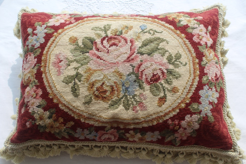 Free Shipping 10K 14x20 Needlepoint woolen cushion handmade woolen pillow with 100% New Zealand Wool Cushion cover  Free Shipping 10K 14x20 Needlepoint woolen cushion handmade woolen pillow with 100% New Zealand Wool Cushion cover