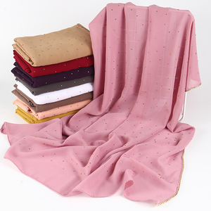 Image 5 - 1 pc Nuovo Arrivo pianura bling bolla chiffon sciarpa del hijab shimmer con la catena di cristallo orlato sciarpa sciarpe musulmane hijab