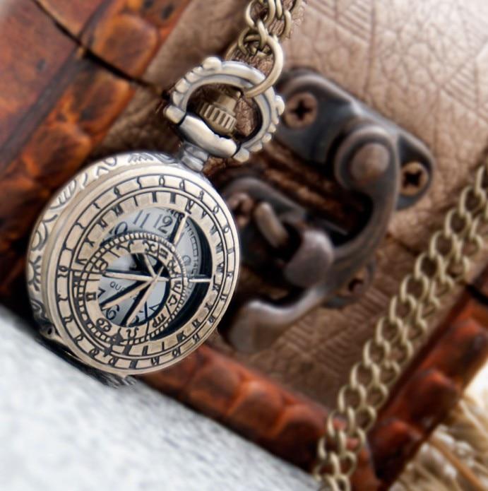 Vintage Ancient Prose Engraved Wheel Fashion Quartz Bronze Hollow Out Steam Punk Necklace Pocket Watches