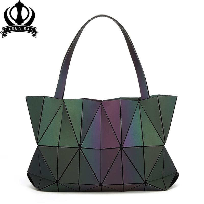Drop shipping Women bao Bag Lady Geometry Luminous Sequins Mirror Saser Plain Split Joint Mujer Mosaic Diamonds Shoulder bags drop shoulder crew neck plain sweatshirt