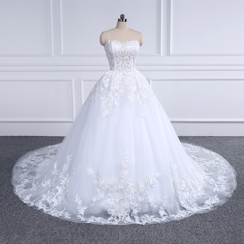 Luxury Lace Wedding Dress 2018 Sweetheart Appliques Ball Gown Bride Dresses Vestido De Noiva Robe De Mariee Custom Plus Size