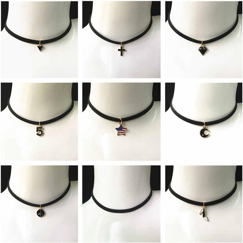 New Da Vòng Cổ Vòng Cổ Ngắn Gothic Chữ Thập Sao Trăng Tam Giác Vòng Cổ Hình Xăm Collares Đối Với Phụ Nữ Velvet Đồ Trang Sức Xương Đòn Choker
