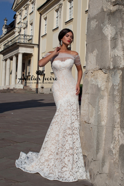 Fashionable Mermaid Tail Wedding Dress With Lace Up Off Shoulder Ribbon Plus