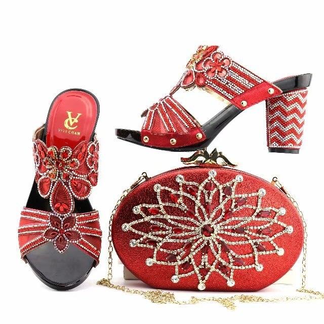 Dans Sac Couleur Africain Et 2 Assorties Chaussure À Nigérianes Sacs Italien 1 Argent Femmes 4 La Chaussures Italienne Correspondant 3 Ensemble 5 6zqd4x0