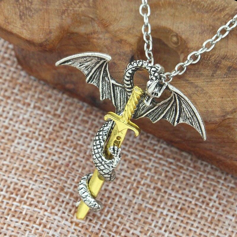 Collar de Juego de tronos Dragón Volador con alas rodado espada collar Cruz Lobo collares pendientes vintage Unisex joyería 2019