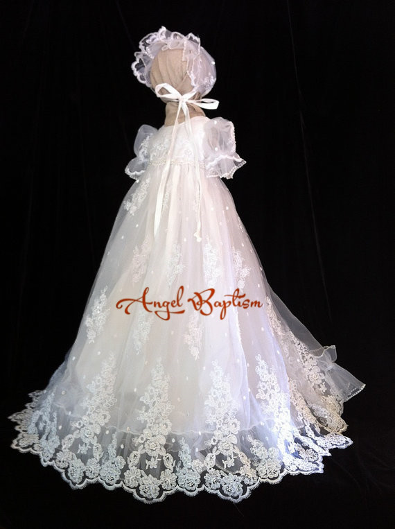 Gorgeous Toddler Dress Girls Christening Gown Baby Outfit White/Ivory Lace Appliques Baptism Robe With Bonnet