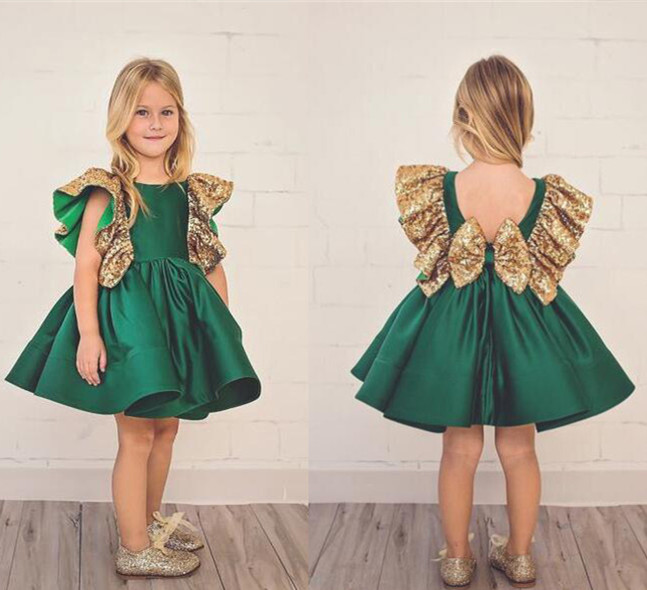 Dark Green Flower Girls Dresses With Bow Knot gold Sequins Backless Satin Girls Pageant Gowns Knee Length Sleeveless prom dress vintage emerald green backless flower girl dress with golden sequins knee length short baby 1 year birthday gowns with big bow