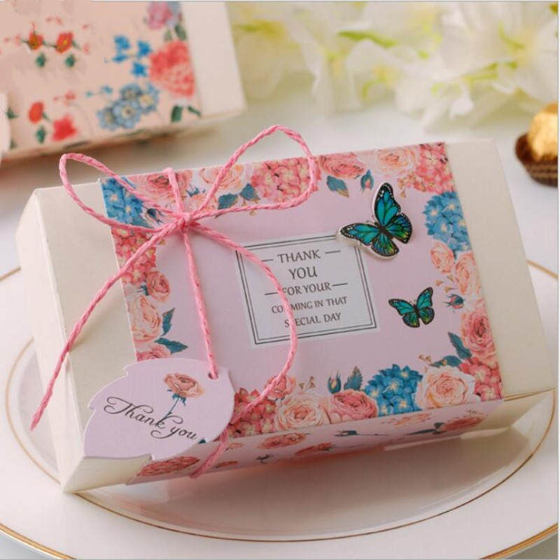 20pcs 3D UV Printing Butterfly Sugar Box Wedding Personality Candy Box Carton Bronzing Gift Box for Baby Shower Wedding Supplies
