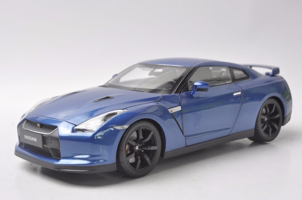 цены 1:18 Diecast Model for Nissan GTR Blue Coupe Alloy Toy Car Miniature Collection Gifts Sport Car