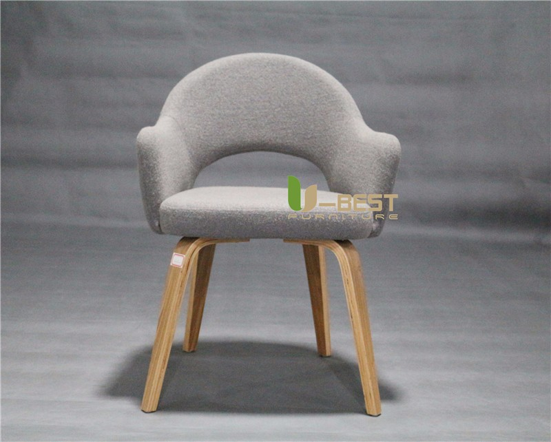 Knoll Saarinen Executive offices Armchair with Wood Leg  (1)