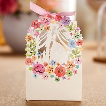 Free Shipping 100pcs Floral Bridal Laser Cut Wedding Favor Boxes Wedding Candy Box Casamento Wedding Favors And Gifts