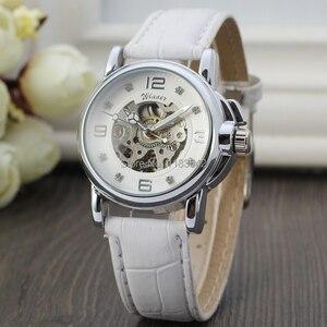 Image 2 - 승자 여성 시계 최신 디자인 시계 레이디 최고 품질 시계 공장 쇼핑 패션 손목 시계 색상 흰색 WRL8011M3S10