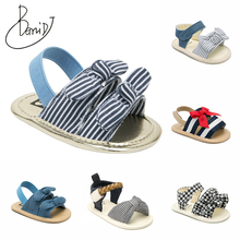 2019 New baby girls boys sandals summer Breathable toddler sandals indoor Non-slip newborn shoes embroidered baby shoes