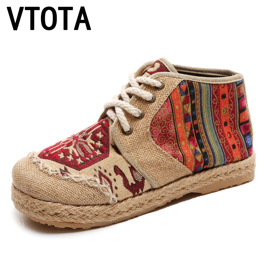 цена на VTOTA Embroider Shoes Women Ankle Boots Flat Autumn Shoes 2017 Comfortable Lace-Up Old Beijing Cloth Shoes Flats Botas F23