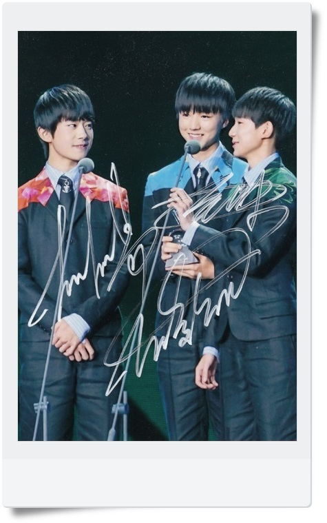 signed TFBOYS  autographed original photo  7 inches collection freeshipping  062017 6 Versions