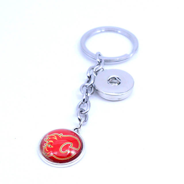 Ice Hockey Keychain NHL Calgary Flames Charm Key Chain Car Keyring for Women  Men Party Birthday Keyrings Gifts New 2018 0cd3da8e7
