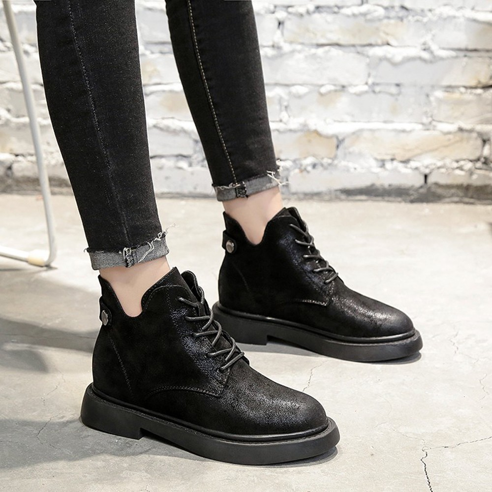 Women Flat Round Toe Lace up Black Leather Boots Casual