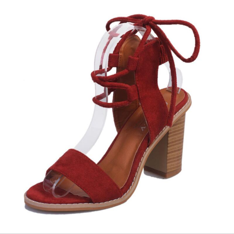 Aike Asien Elegante T-strap Sandalen Frauen Platz Ferse Sandale Weibliche Schuh Sommer Frau Partei Schuhe Mode Strand Sandalen